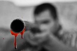 مردی 70 ساله  با شلیک گلوله داماد خود را به قتل رساند